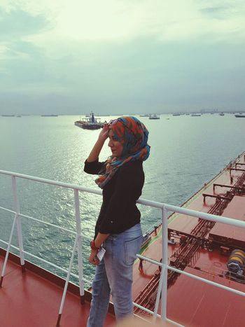 Sea And Sky Sky And Clouds Sunset Girl Hijabstyle  Photooftheday Hijabi Photography Cloud - Sky Sailing