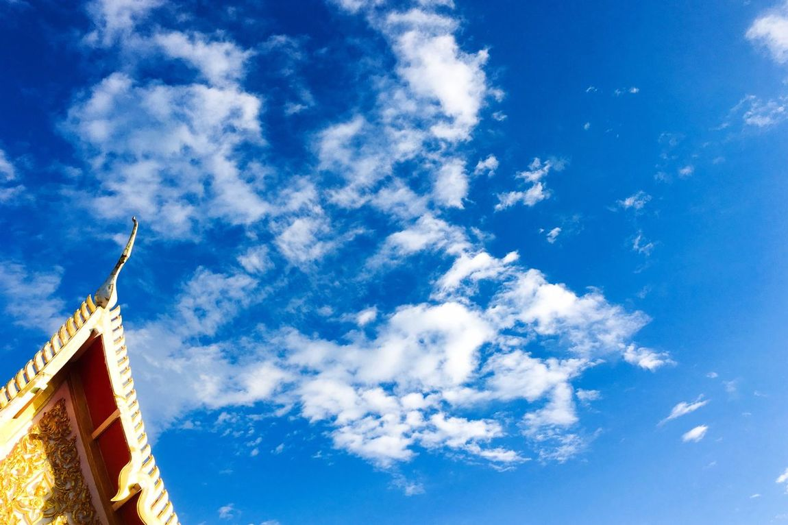 Blue Cloud - Sky Sky Architecture Thaiarchitecture Thaiartist Gold Colored Gold