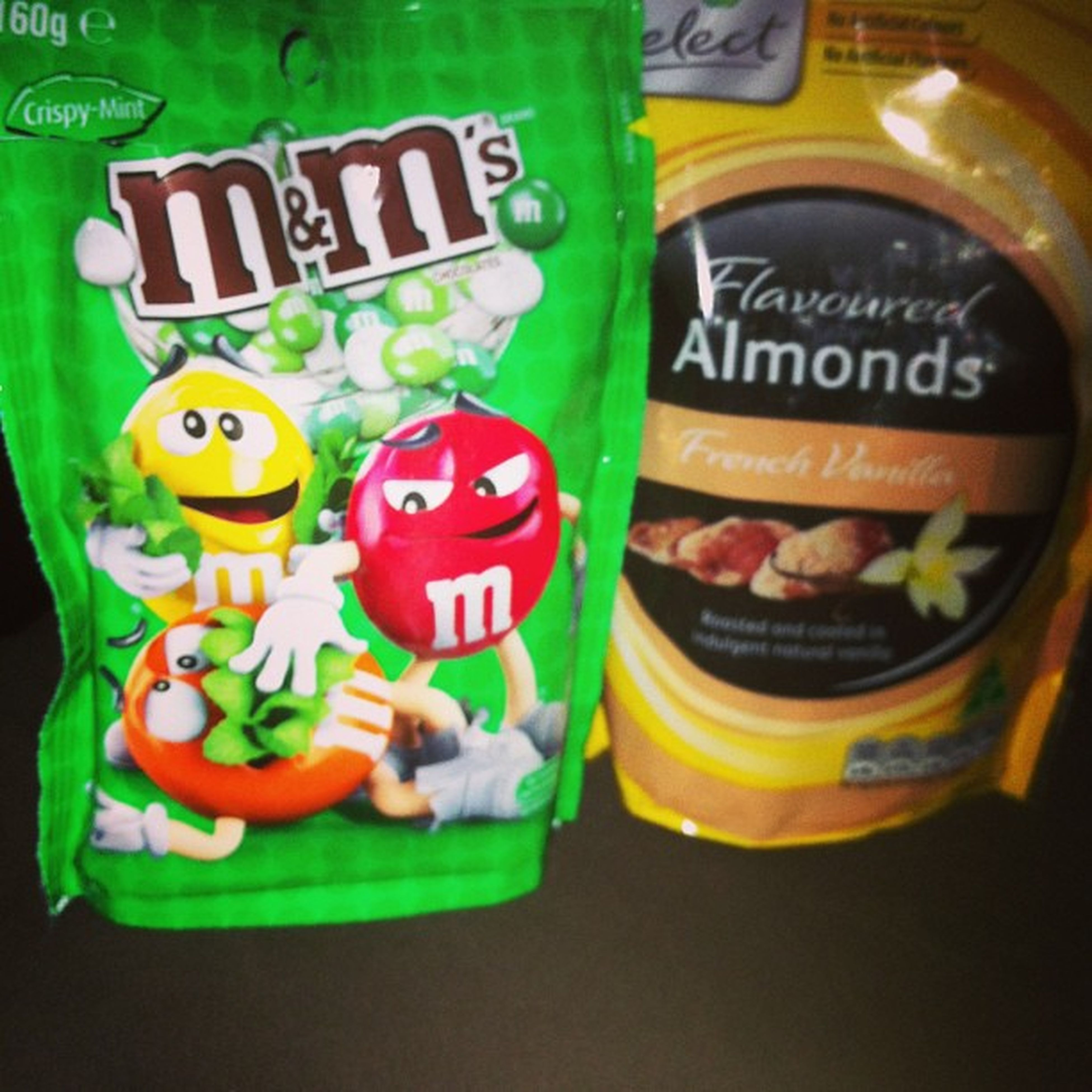 New favorito :D 😍😌🍫🍴 M &m's Vanillaalmond Mint