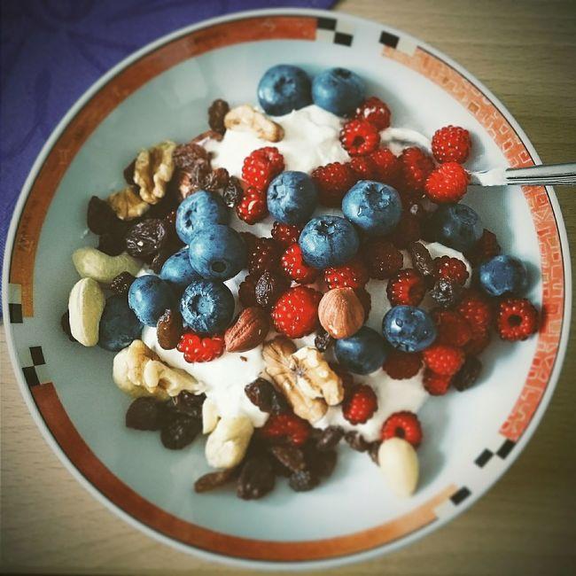 Breakfast Nutrition Yoghurt Healthy Eating Healthy Food Nuts Healthy Breakfast Healthy Lifestyle Fitfood
