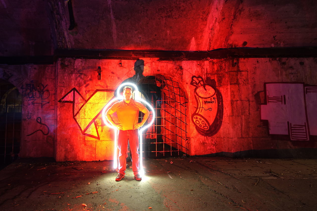 "this was a privat guide for the ""Third Man Tour"" in Vienna..Great fragrance ;-) Der Dritte Mann Long Exposure Lost Places Not Healthy Old Buildings Secret Place Sewage Third Man Underground Lightpainting Light And Shadow The Red Series"