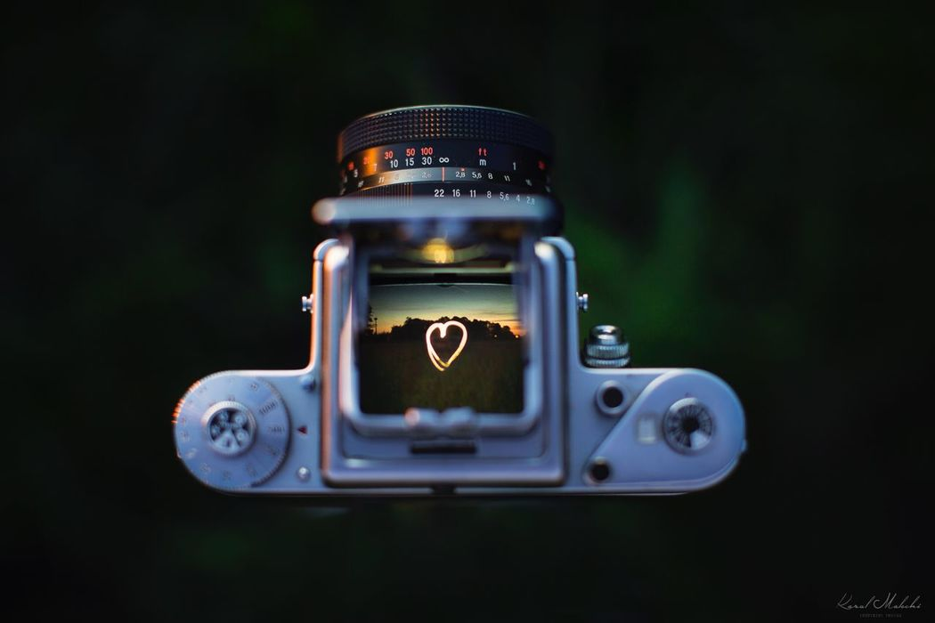 In love with old cameras Old-fashioned Pentacon Six Pentacon Six Tl Lightpainting Heart