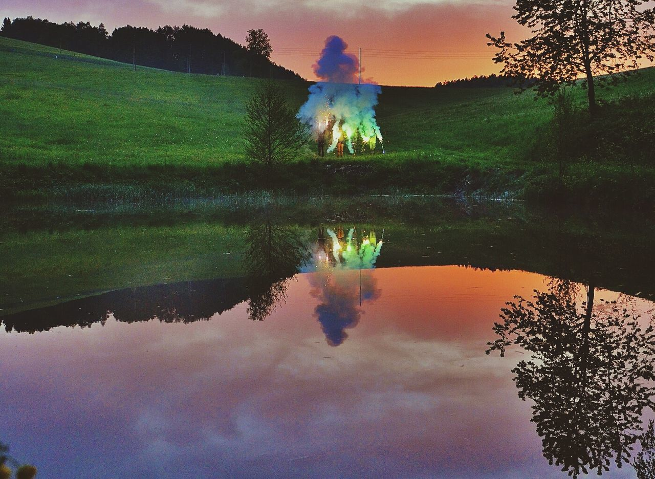 Watermirror Colors Check This Out Pyrotechnics