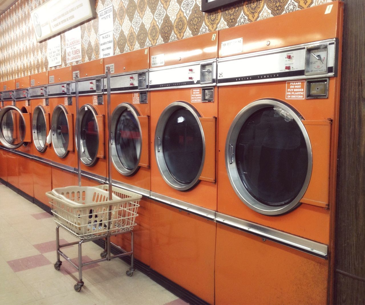 washing machine, laundry, laundromat, dryer, indoors, machinery, no people, convenience, drying, day, close-up