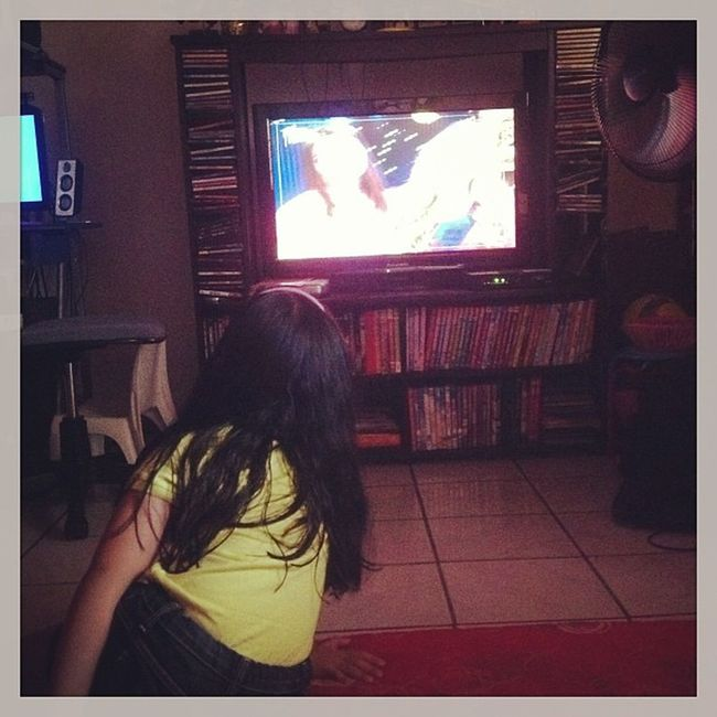 WatchingiCARLY !