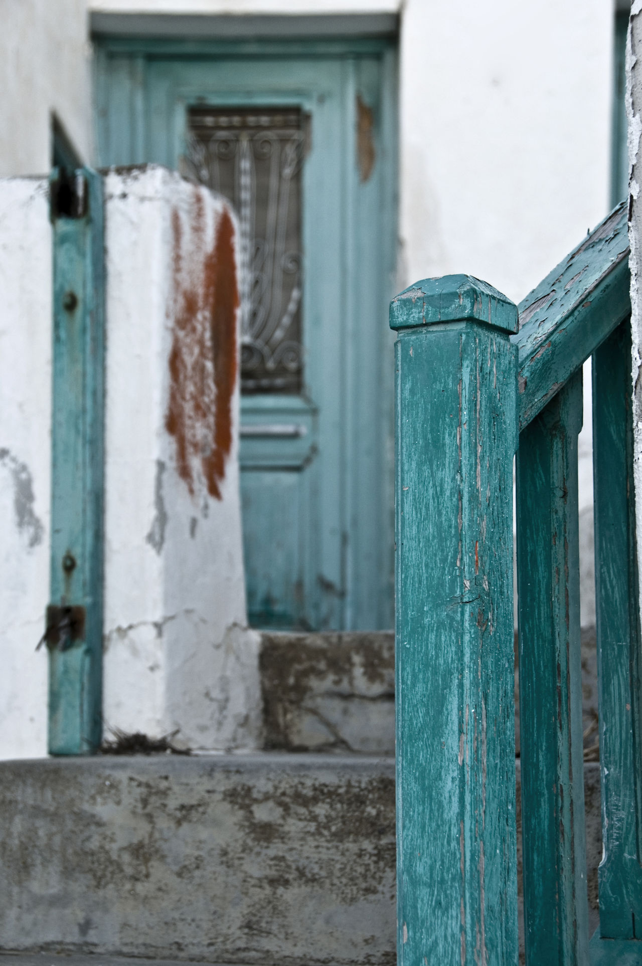 Blue Door Blue Fence And Blue Doo Distressed Wood Greek Islands Green Gate Pealing Paint Shades Of Teal Teal Gate Teal Hair