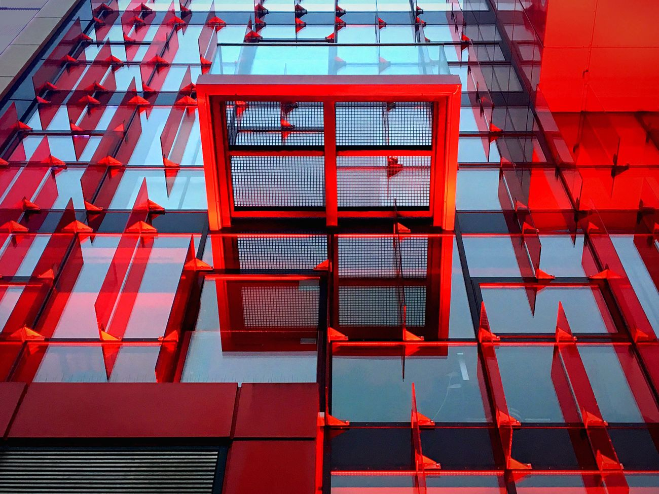 redlight. Red Architecture Shining Window Built Structure Building Exterior Façade Facades The Architect - 2017 EyeEm Awards No People Architectural Detail Architecture_collection Glass - Material St Pauli Reeperbahn  Hamburg Hamburgmeineperle Close-up Light And Shadow Modern Up Pattern Mirrored Reflection Cocktail Time