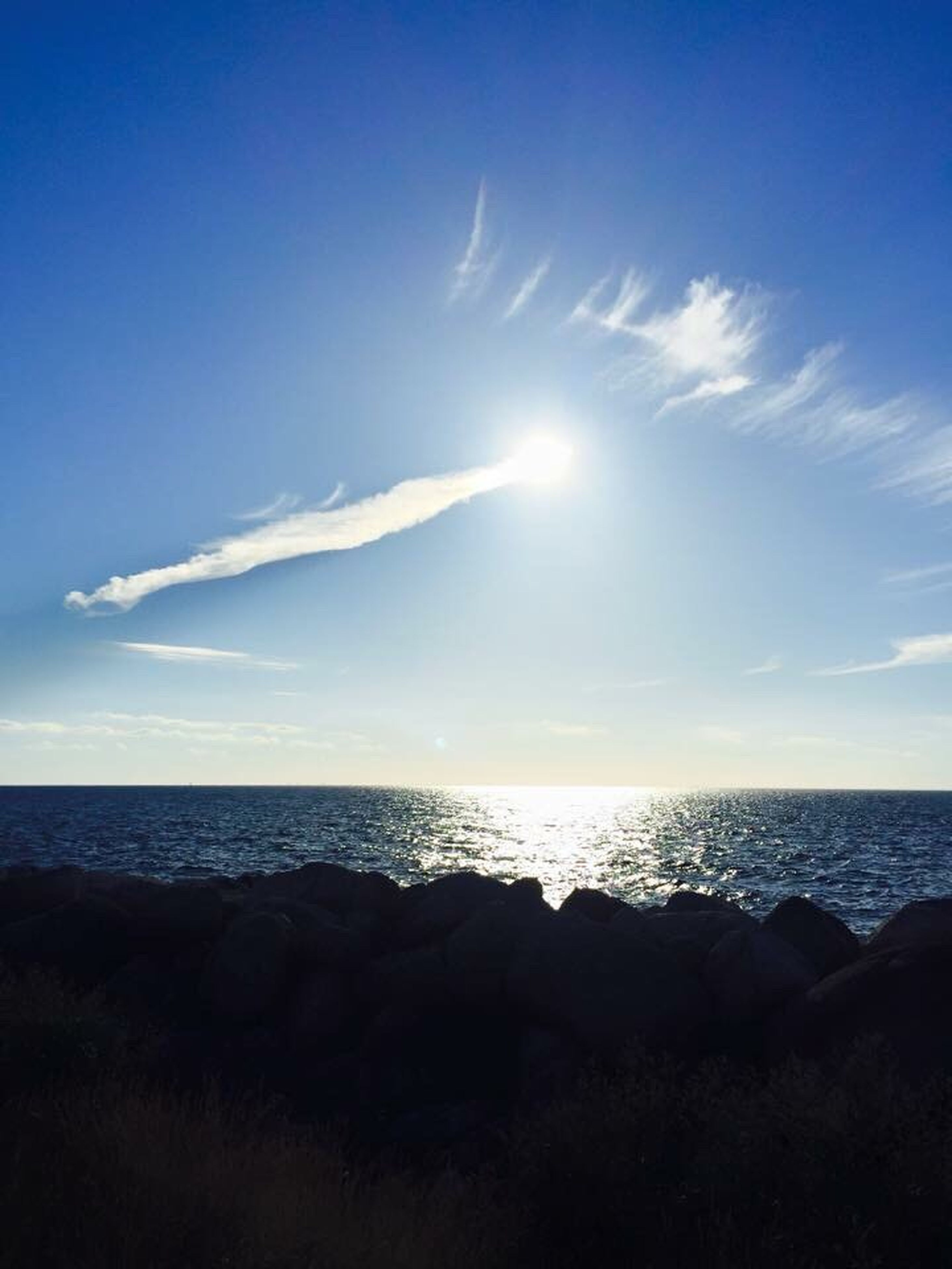 sea, horizon over water, nature, beauty in nature, scenics, tranquility, tranquil scene, sky, water, outdoors, sunlight, beach, no people, sun, day