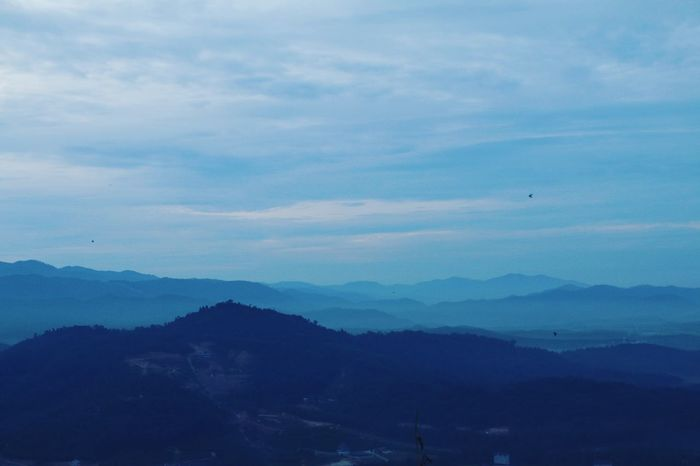 Cloud - Sky Sky Mountain Outdoors Beauty In Nature Scenics Canon EOS 70D Naturephotography Brogahill Hiking View Hikingadventures Leisure Activity Hiking Broga Beauty In Nature Nature Lover Canon Natural Beauty Nature Nature Is Art Landscape Nature