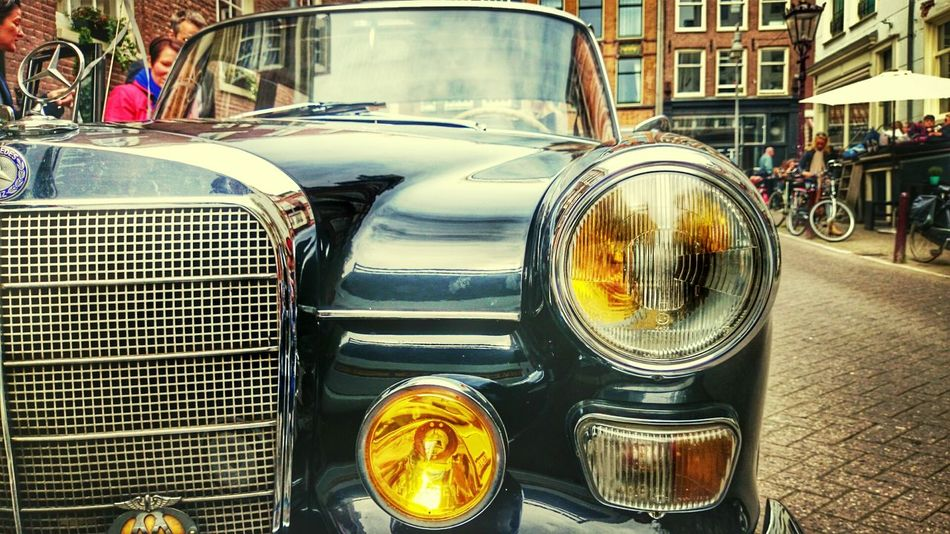 Vintage Cars Taking Photos On The Road Sony Xperia Z2