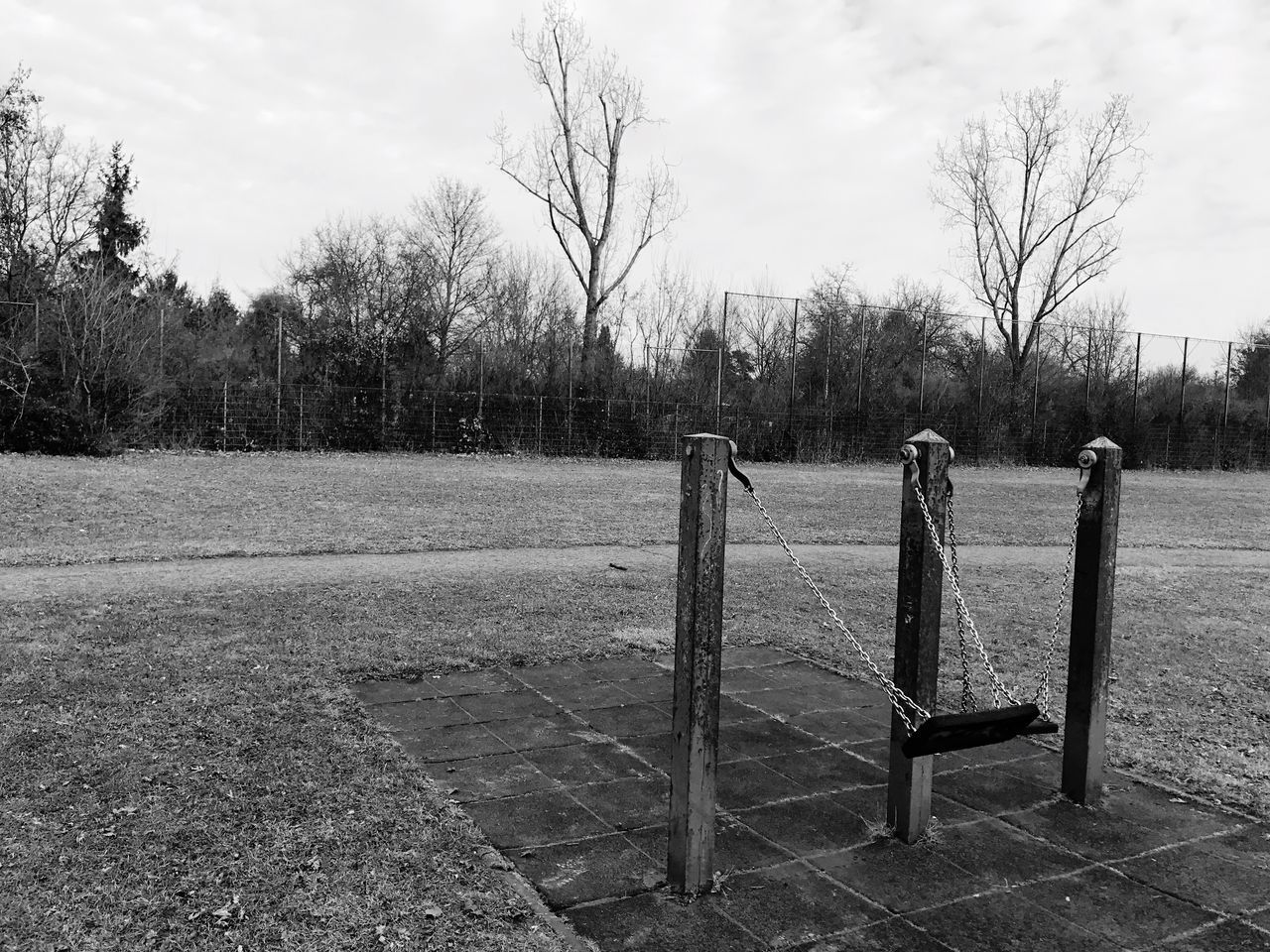 Left Places Rust Rusty Used Swing Swinging Sky Tree Outdoors No People Move Motion Blackandwhite Black And White Black & White Blackandwhite Photography Black And White Photography IPhone IPhoneography Iphone7 Postapocalyptic