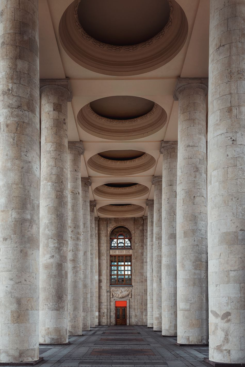 Architectural Column Architecture Built Structure History The Way Forward Arch Indoors  No People Travel Destinations Day Moscow