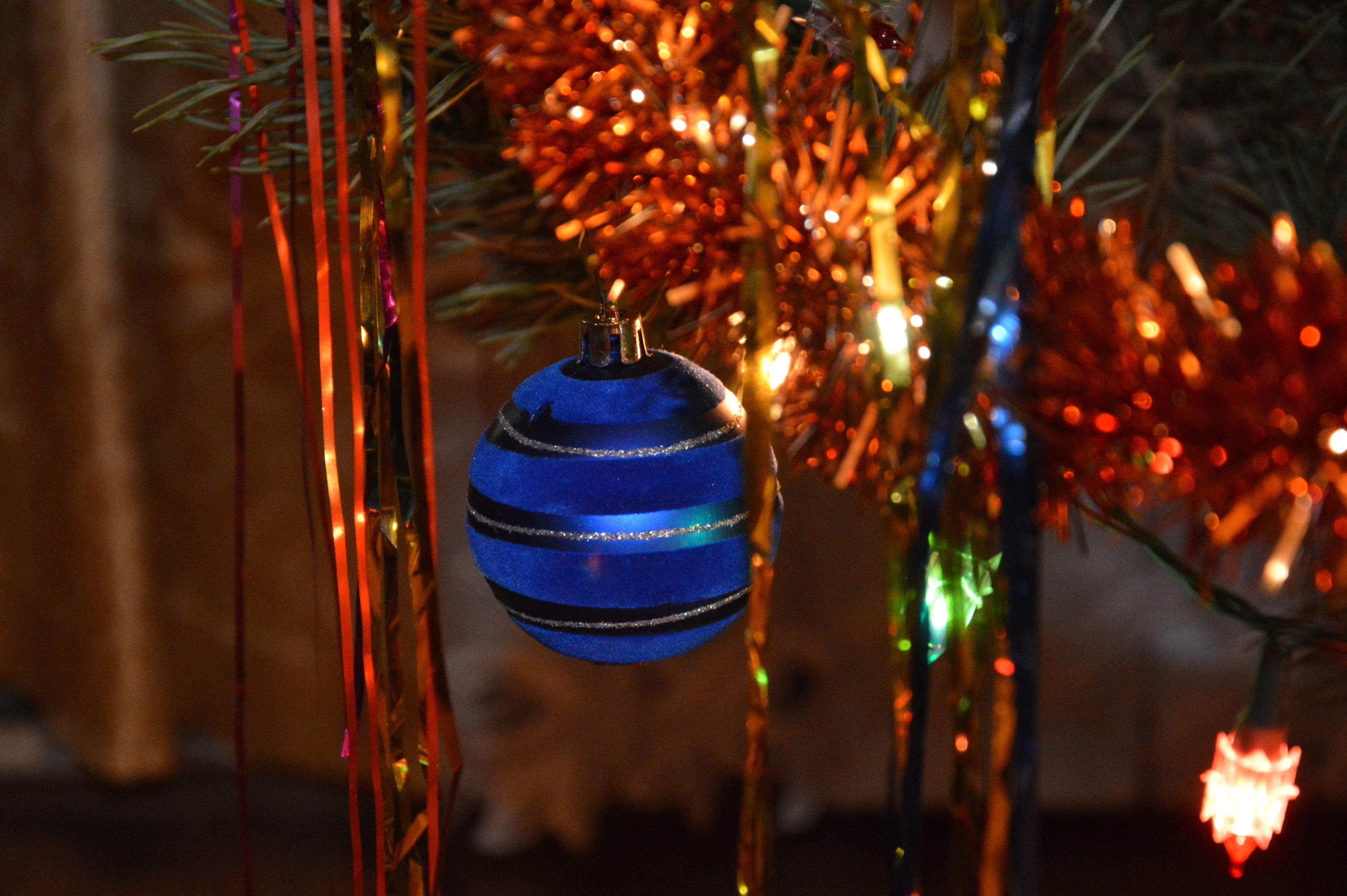 christmas, illuminated, christmas tree, celebration, night, christmas decoration, tree, hanging, christmas ornament, no people, tradition, lighting equipment, close-up, christmas lights, indoors