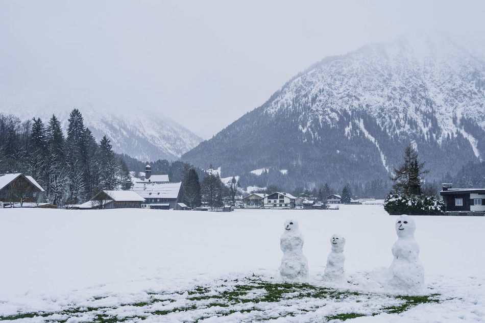 Beautiful stock photos of snowman,  Beauty In Nature,  Building Exterior,  Built Structure,  Cold Temperature