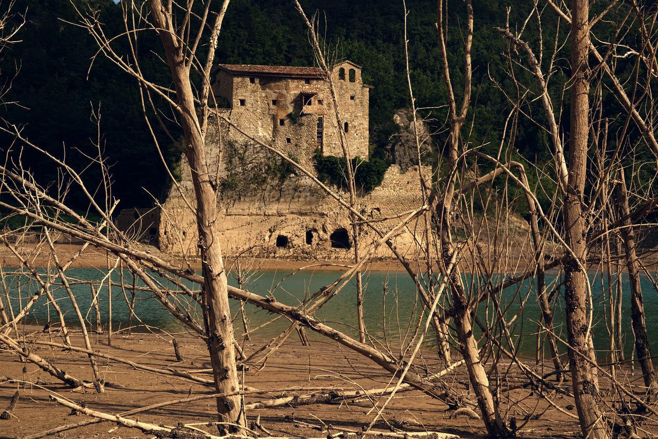 River Oldbuilding Nofilternoedit