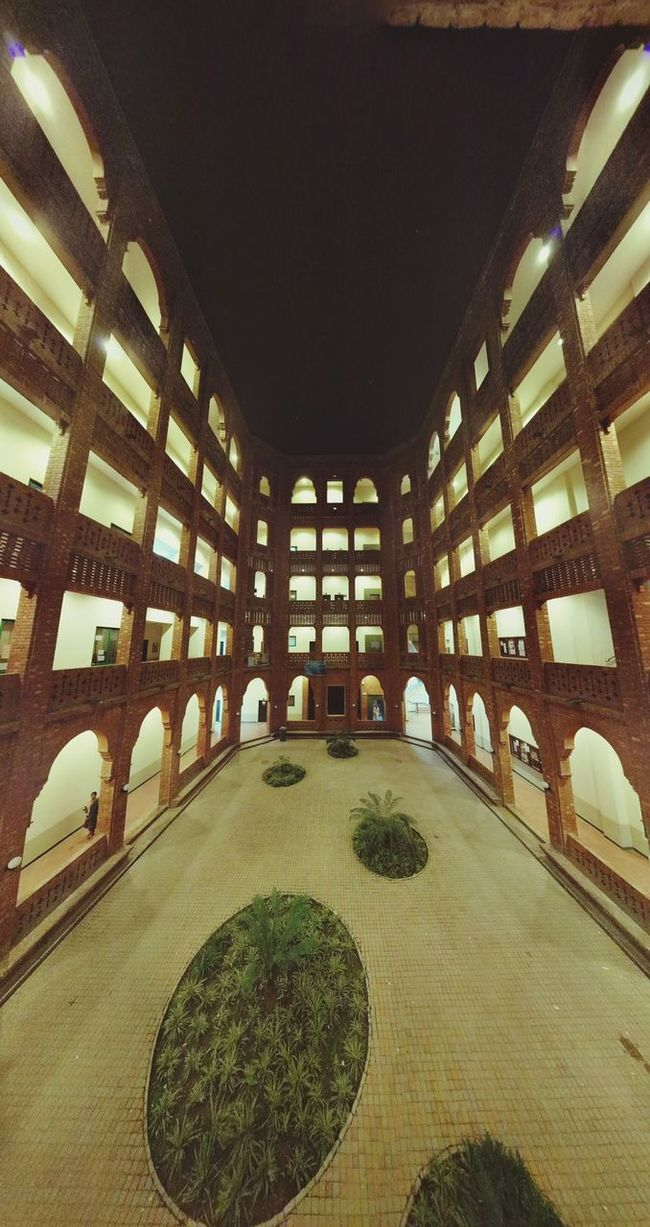 Photography ArmacostBuilding FCCollege Lahore Night