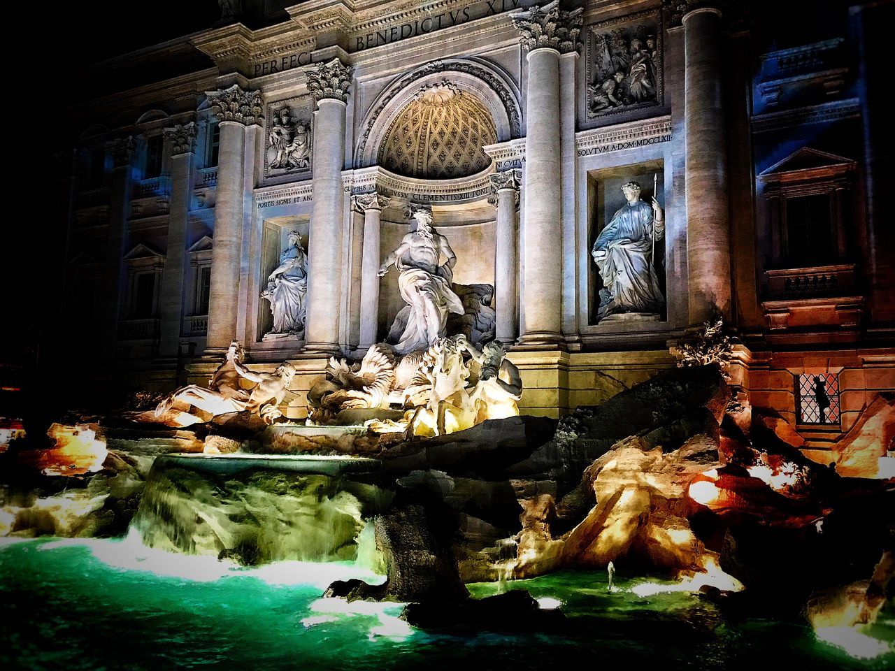 Statue Human Representation Sculpture Religion Male Likeness Art And Craft Female Likeness Spirituality City Indoors  No People Illuminated Place Of Worship Sculpted Architecture Water Day Fontana Di Trevi