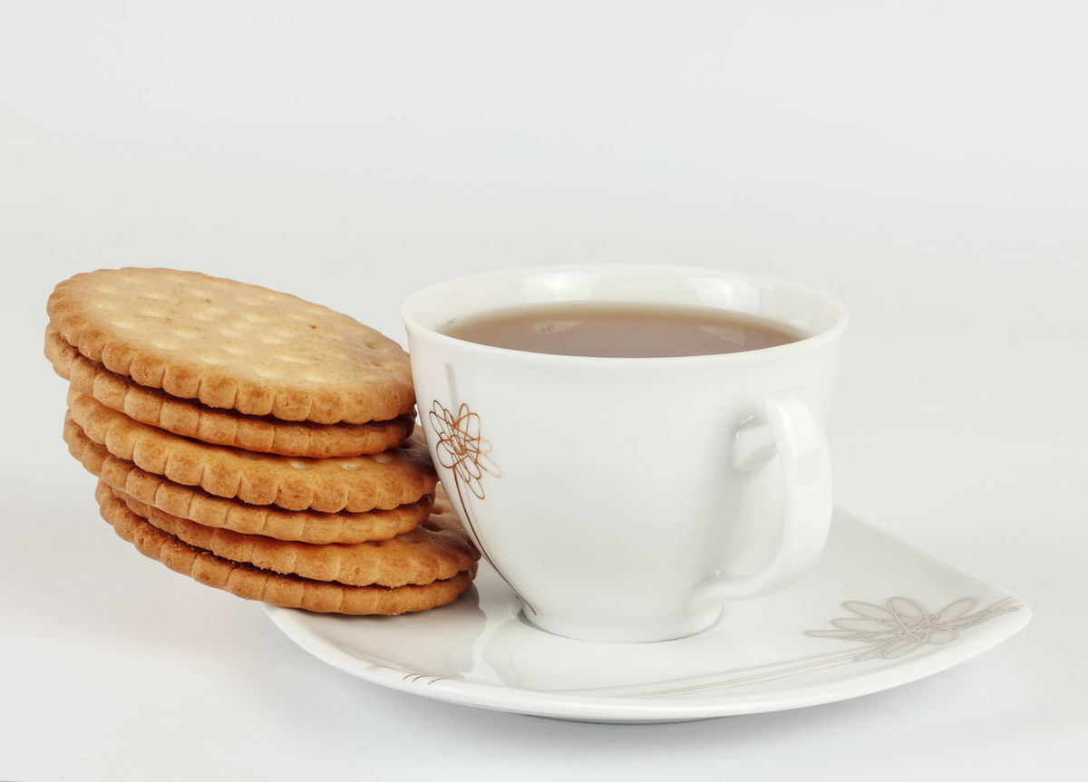 Tea Tea Cup Cup Morning Breakfast Enjoy Enjoying Life Red Tea Biscuits Biscotti Biscuits🍪 Biscuit Time Tea Time
