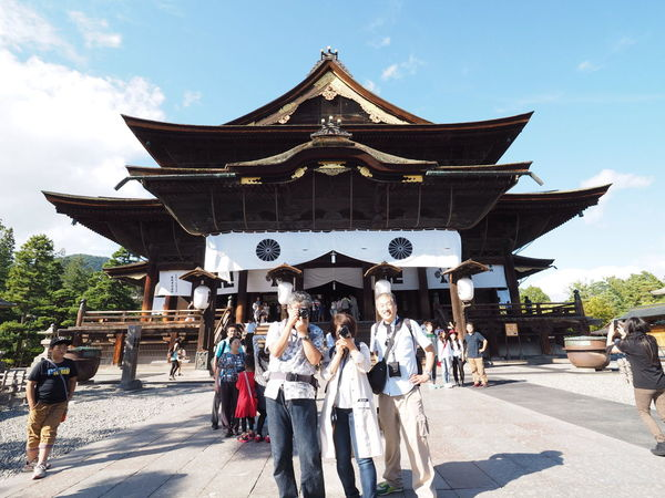EEA3-Nagano Please slow me to upload a group picture. 善光寺 (zenko-ji Temple)