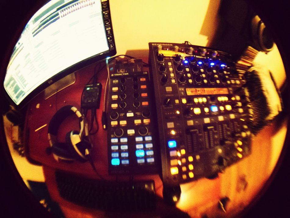 Traktor Native Instruments Dj Music