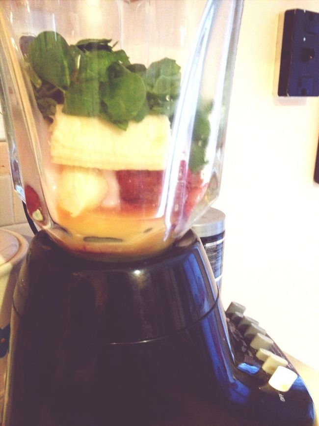 Too Lazy to cook so I'll settle with Smoothie Time