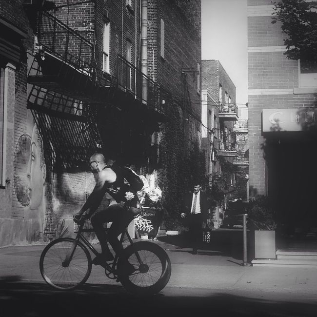 Blackandwhite Life In Motion Streetphotography Streetart