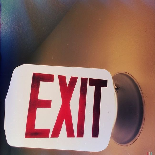 EXIT (sometimes it's that time ...) Yeg Edmonton Canada Albertaart alistairhenning edmontonart urban urbanart yegart picoftheday instadaily iphoneonly home exit newbeginnings
