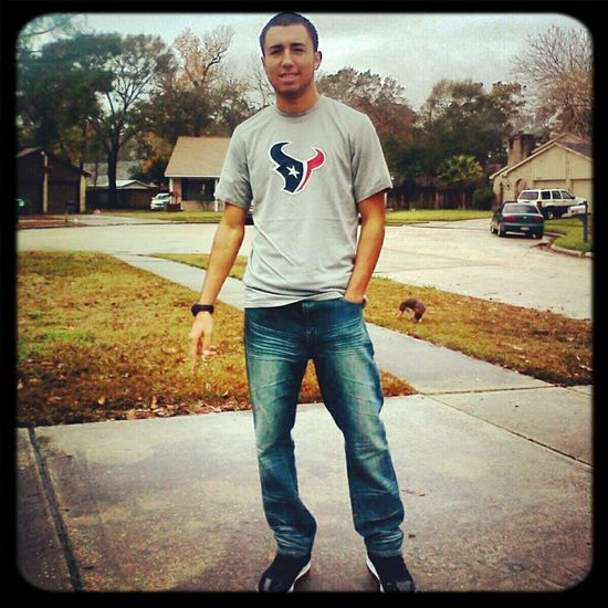 Rocking mah shirt with pride ! lol
