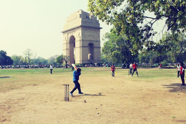 SastaFotu at Indiagate by Animato Cricket Fun