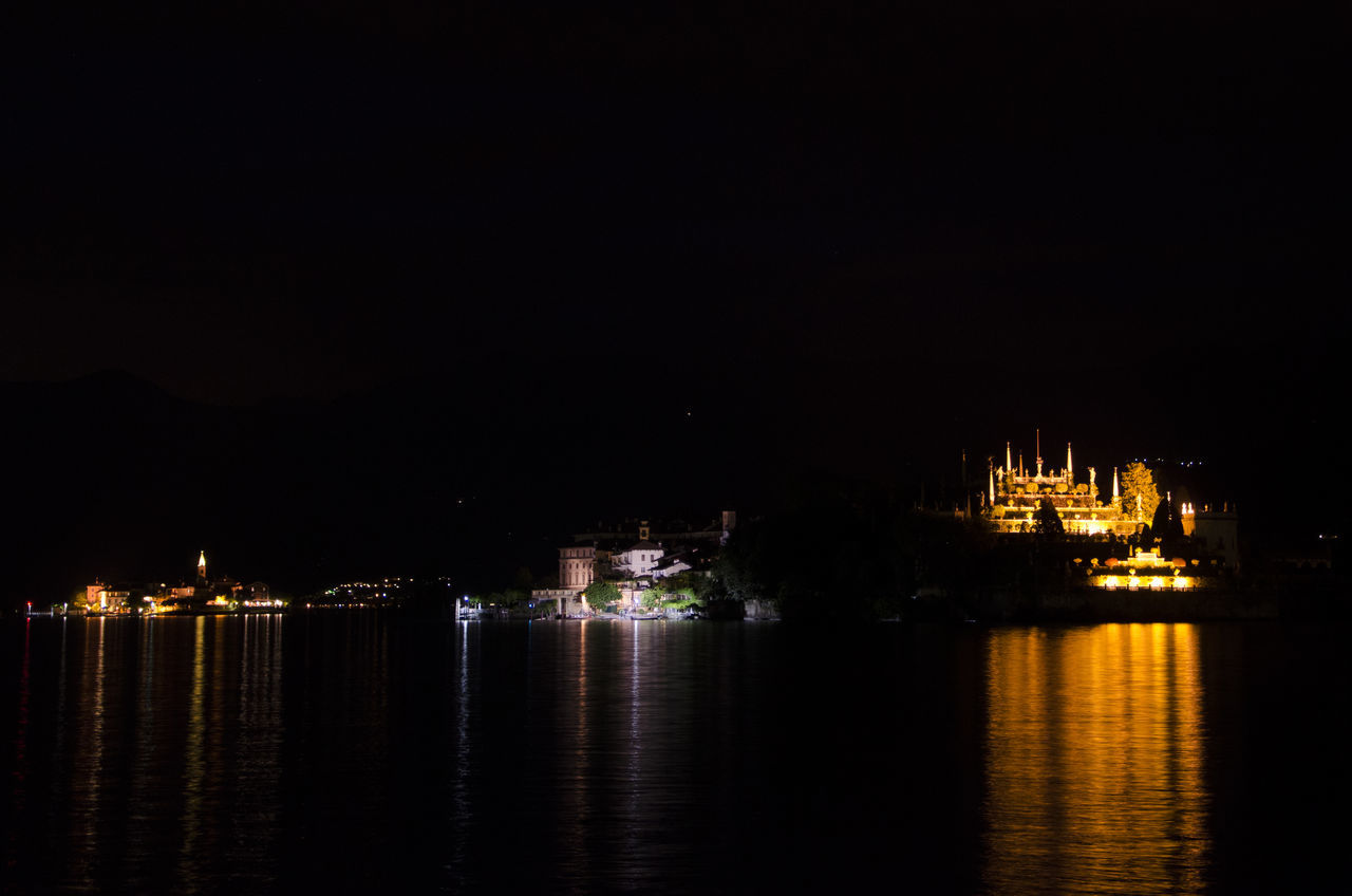 Fotografia Notturna Isole Del Lago Maggiore Lago Lago Maggiore Lago Maggiore, Italy Lake Lake View Lights Luci Night Night Photography Night Photography Painting With Light Notte Reflection Reflection Lake Reflections Riflessi Riflessi Sull'acqua Travel Travel Destinations The Architect - 2017 EyeEm Awards