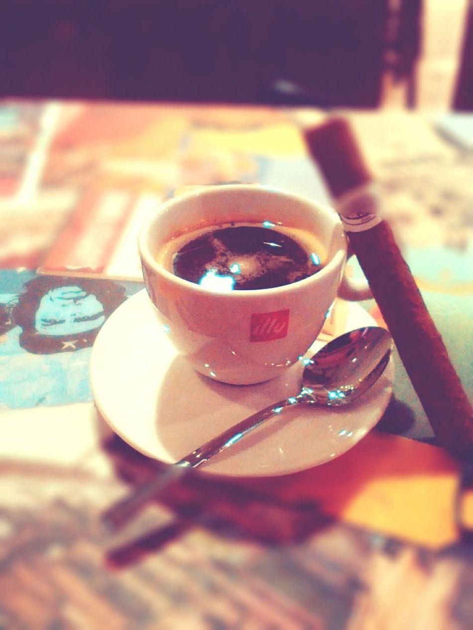 Cigar Cigars Cafe Cafe Culture Coffee Break Coffee Time Coffee Coffee And Cigarettes
