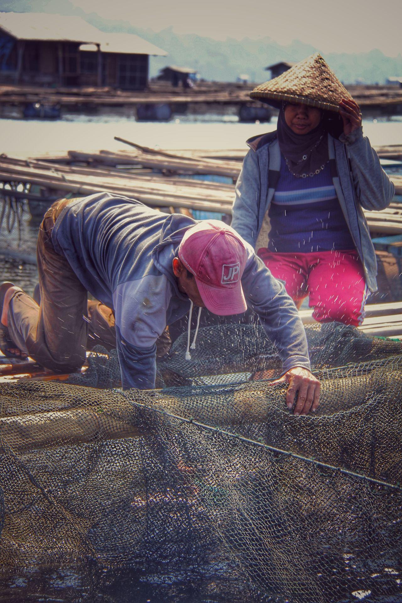 Panen Purwakarta Fishing Wonderfulindonesia People Togetherness Working Outdoors EyeEmNewHere
