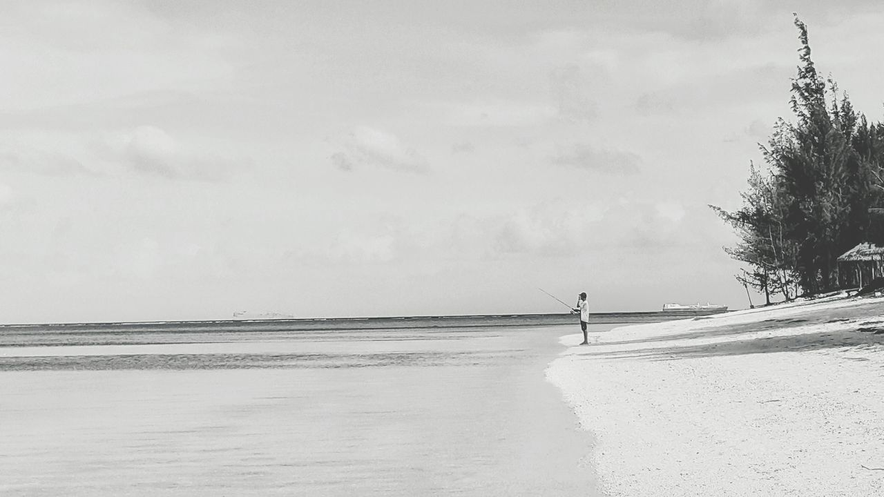 Saipan Photos Blackandwhite Bnw White Landscape Beachphotography Showcase: December Life Is A Beach Beautiful Surroundings Taking Photos Traveling Ocean View Samsung Galaxy Note 4 Streamzoofamily People Of The Oceans The Great Outdoors - 2016 EyeEm Awards