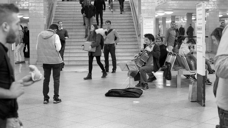 Cello City Life Crowd Day Full Length Indoors  Large Group Of People Luggage Men Metro Station Motion Music Music Brings Us Together Music Is My Life Musician People Player Rush Hour Strassenfilm Travel Underground Waiting In Line Walking Women The Street Photographer - 2017 EyeEm Awards