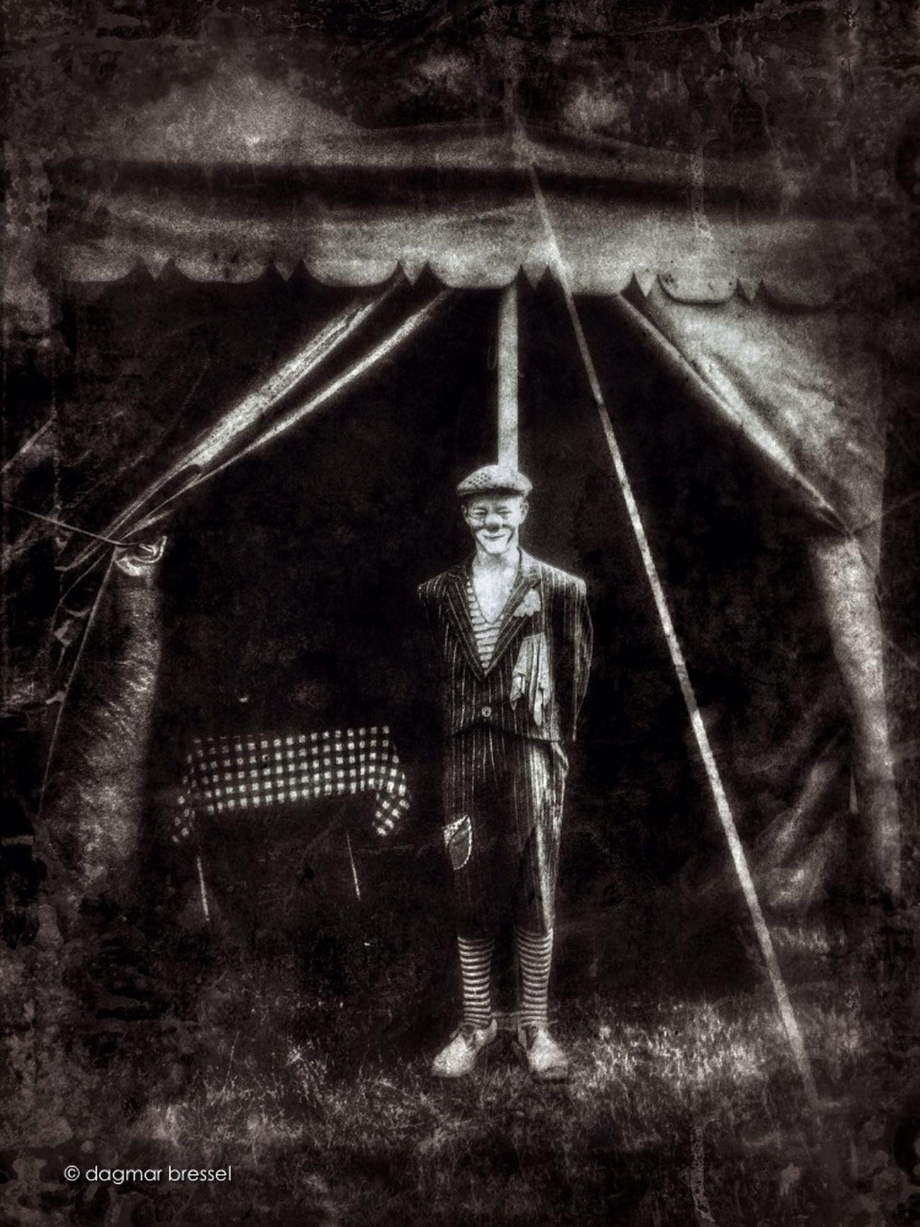 Circus Zirkus Blancoynegro WeAreJuxt.com Shootermag Monochromeart Momochrome Zirkus Charless Portrait Fine Art Photography