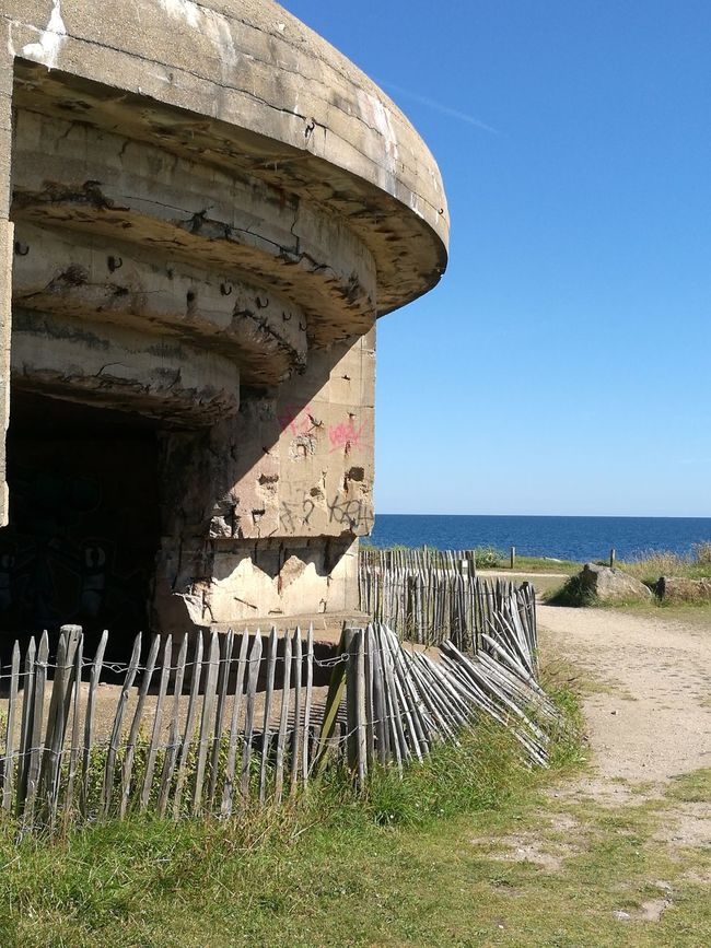 Atlantic Ocean Atlantic Wall Bunker Gâvres Bretagne War Monument Historical Monuments Way To The Ocean Holidays