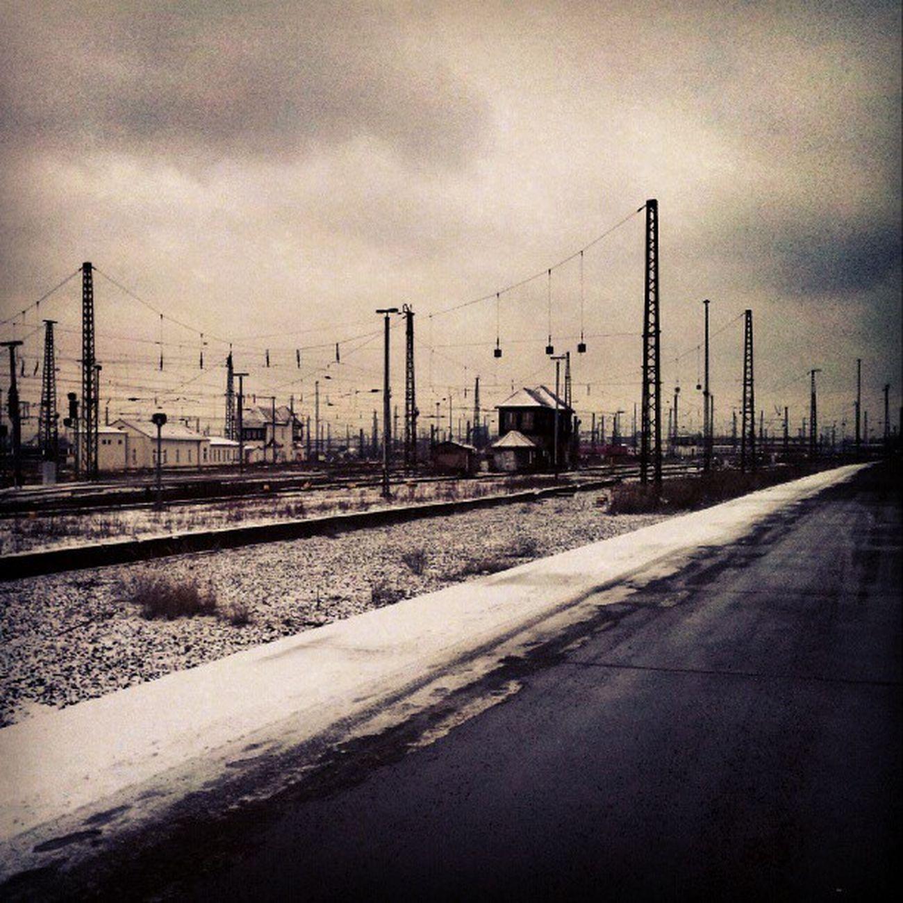 #leipzig #mainstation #train #station #snow #cold #fuckingcold #sutroalwayswins #city Urbano Landscapestyles_gf Sutroalwayswins City Fuckingcold Urban Train Station Cityscapes Snow Cold Leipzig Cityscape Urbanphotography Urbanlandscape Cityporn Mainstation