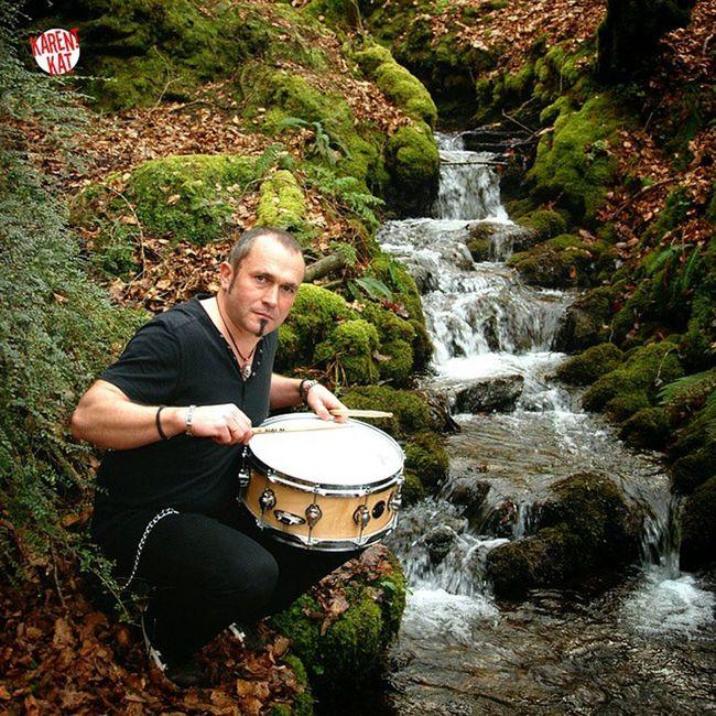 Etre au rythme de la nature Batterie Musique Musicien Baguettes Evans Bretagne