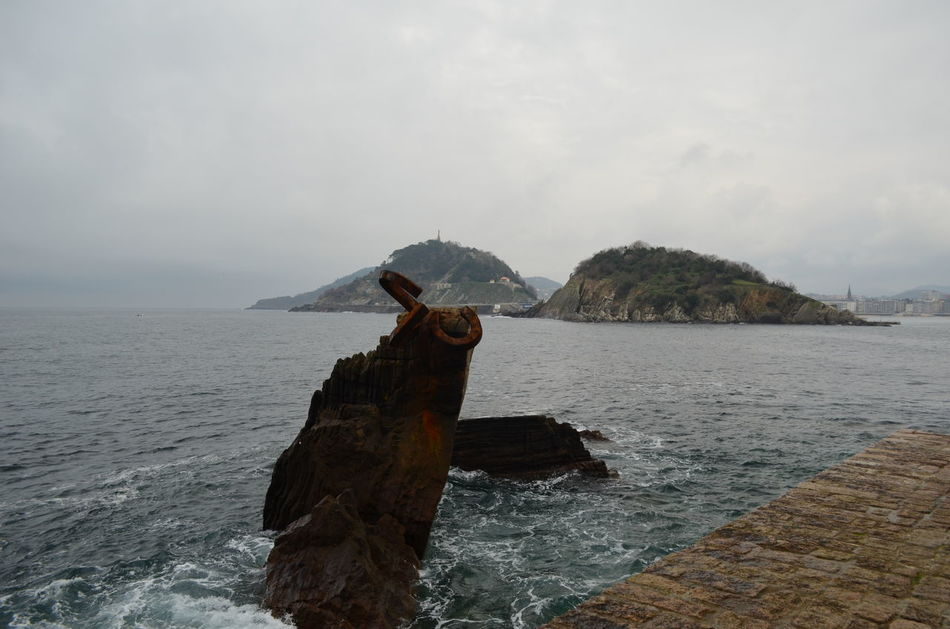 El Peine Del Viento En Donostia