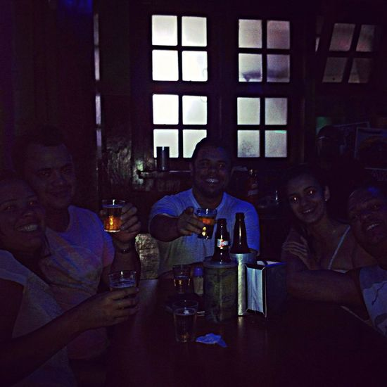Finalizando a noite Cerveja Galeradocarneiro Brinde Enjoying Life