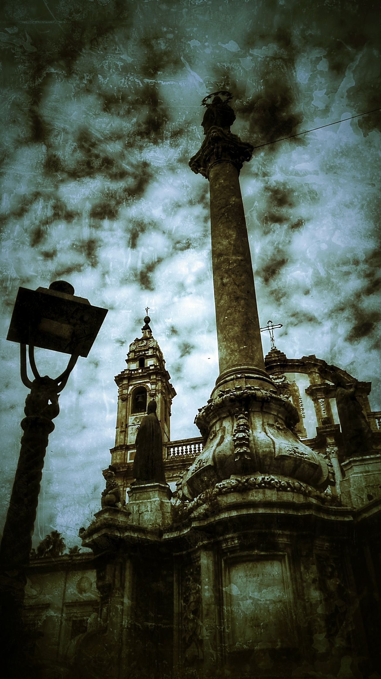 Horror style 😱 Sky Architecture Low Angle View Cloud - Sky Built Structure Travel Destinations No People Building Exterior Outdoors Statue Tree Night City Statues Monuments & Statues City View  Cıty City Life Palermo, Italy Palermo,Sicilia Palermo Shooting City Street Monuments Of The World Statue Photography Statues/sculptures Statue In The City