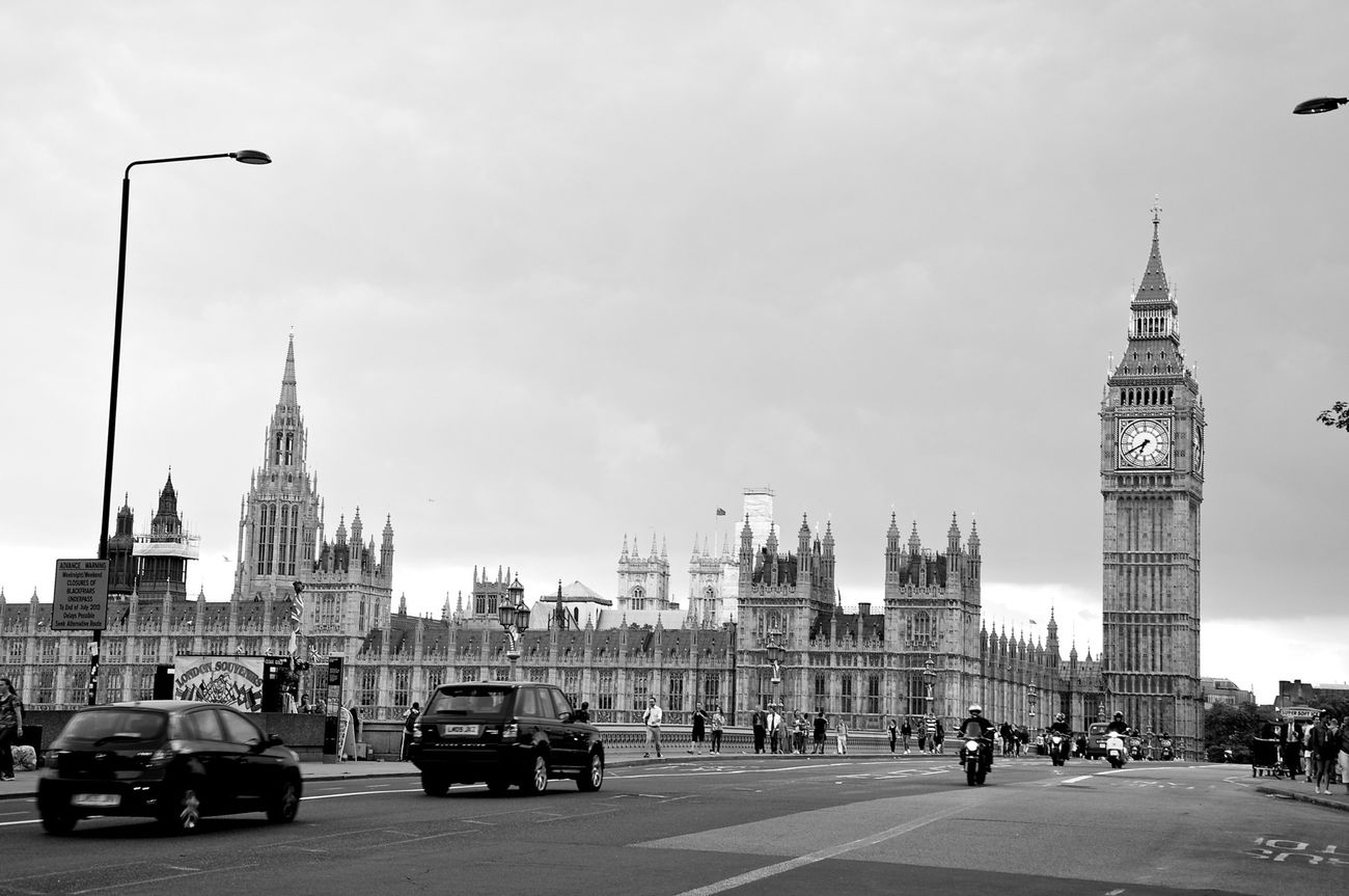 London Streetphoto_bw At Westminster Bridge Bridge