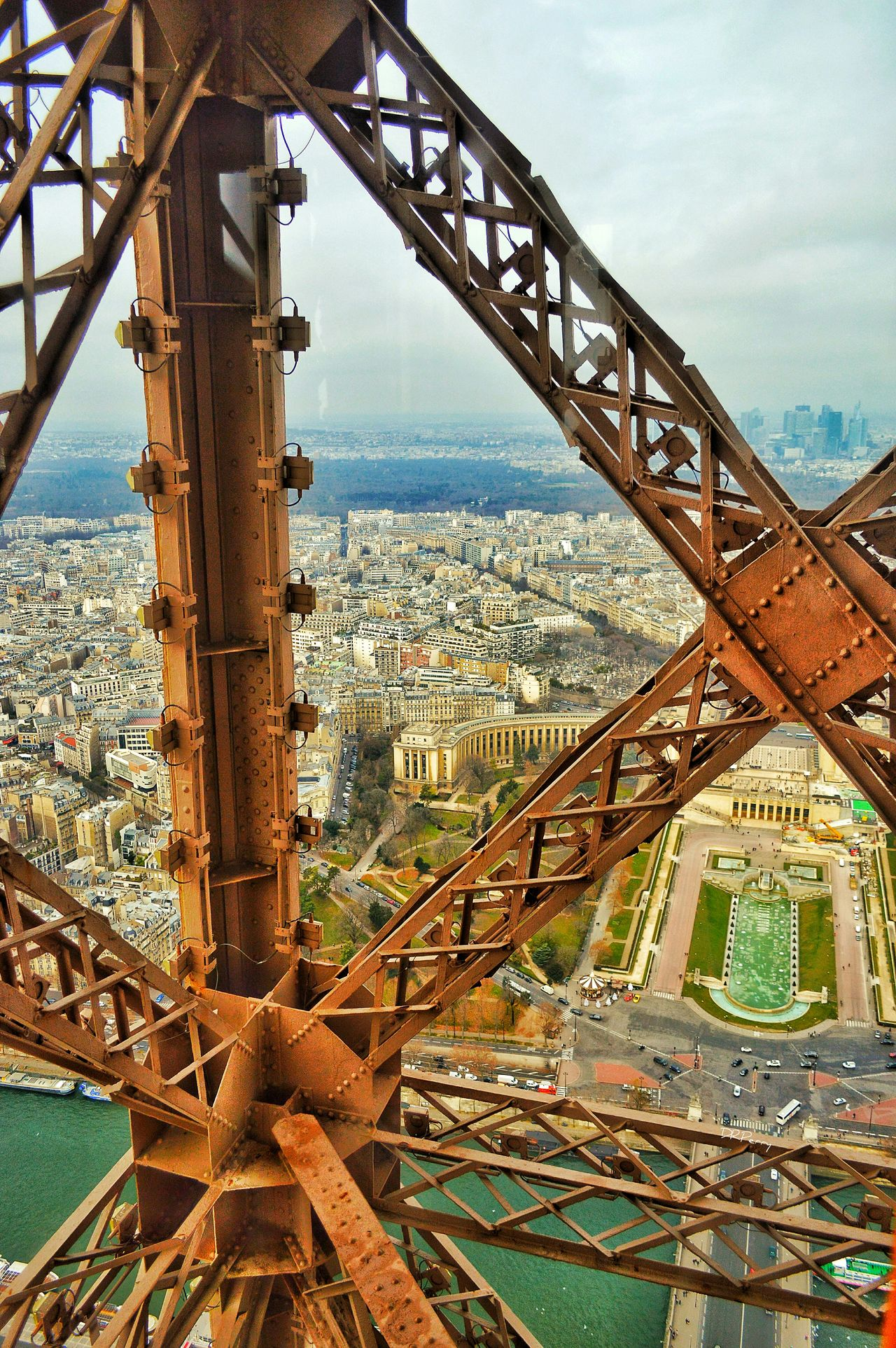 """Sky Art"" - Paris Paris Photobydperry Eiffel Tower France Architectural Feature Architecture ParisianLifestyle Famous Place Travel Outdoors Cityscape Arial View Birdseye View Girders Beams And Girders City No People Travel Destinations Built Structure"