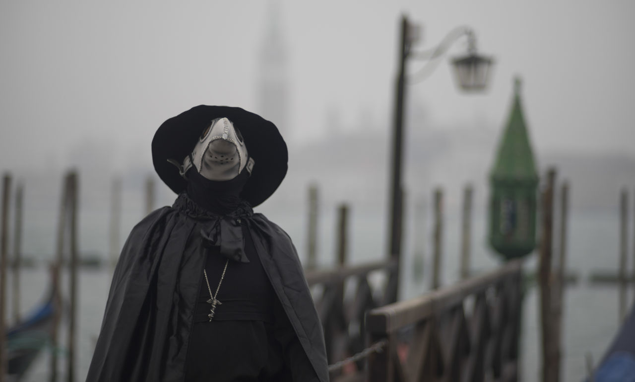 Black Carnevale Carnival Front View Hobbies Italia Italy Leisure Activity Lifestyles Looking At Camera Portrait Real People Standing Three Quarter Length Venezia Venice Waist Up Carnival Of Venice Mask The Portraitist - 2016 EyeEm Awards Carnival Crowds And Details