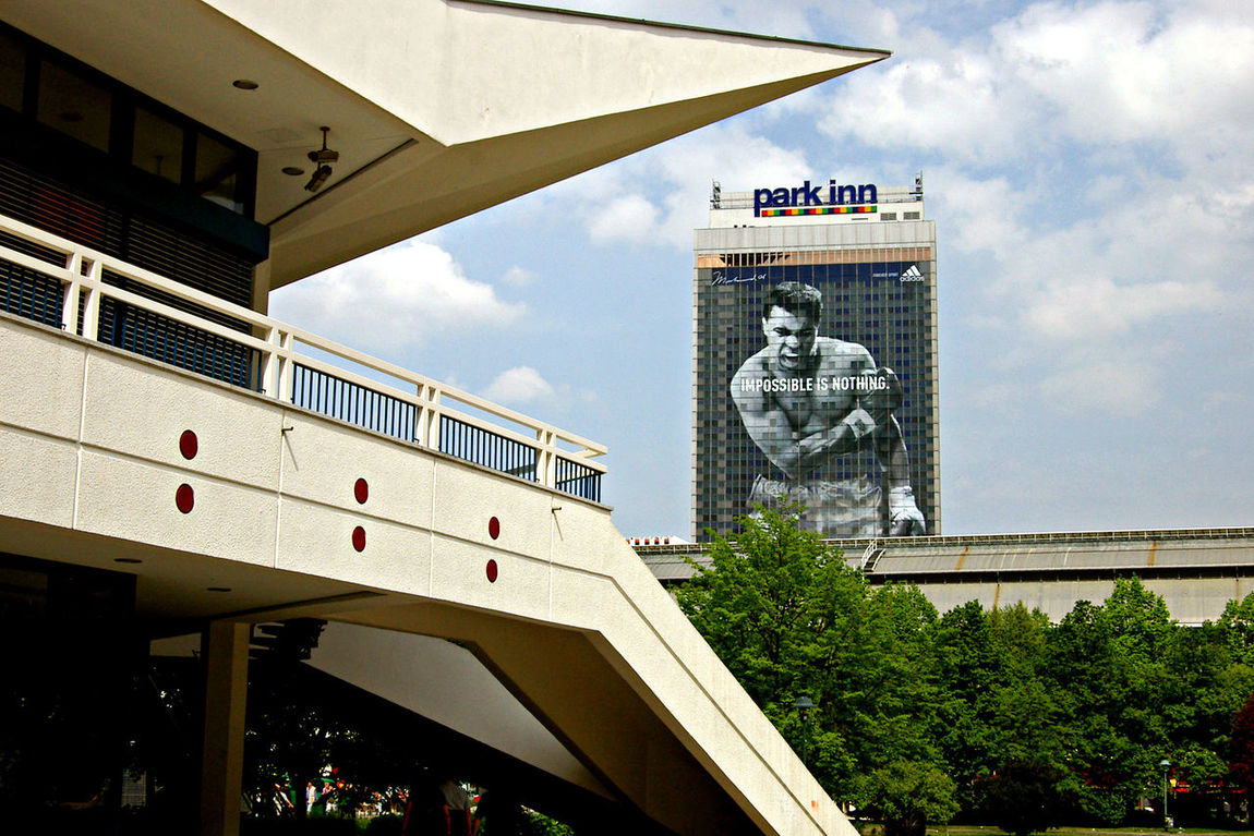 Architecture Boxing Building Exterior Built Structure Cassius Clay Cloud - Sky Hotell Impossible Is Nothing No People Park Inn Hotell The Center Of Berlin
