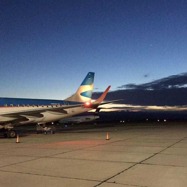 San Juan, Argentina Aerolineas Argentinas Embraer Austral Líneas Aéreas