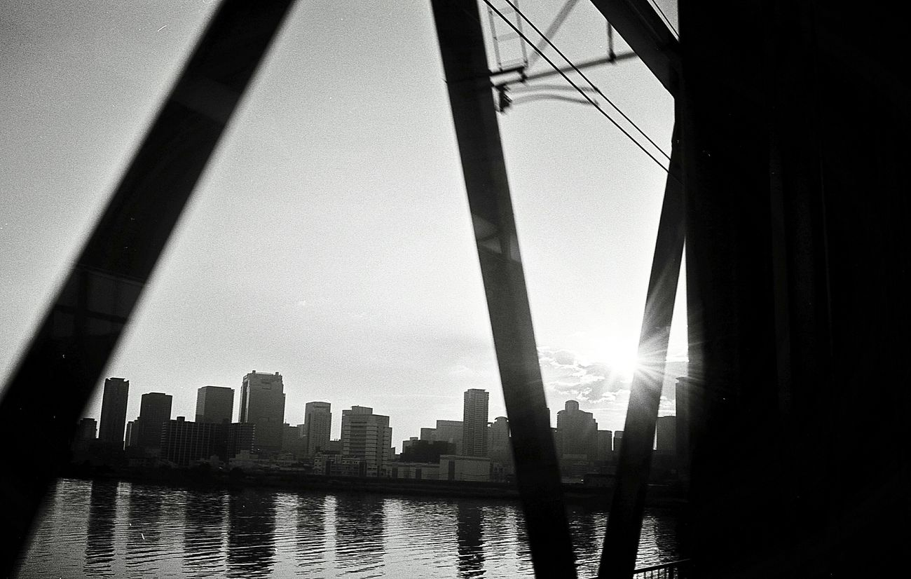 City Architecture Sky Water River Day Sun Sunlight Snap Beauty In Nature Bnw Black & White Monochrome Black And White Photography Filmcamera Film Blackandwhite Photography Snapshots Of Life Black And White Life Film Photography Leica Black And White
