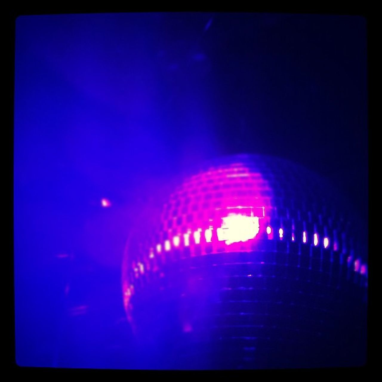 #out Fog Magenta Mirror Blue NY Club Purple Discoball Manhattan Drinks Newyork NYC Out Night Ball Newyorkcity City 15likes Light Music Meatpacking