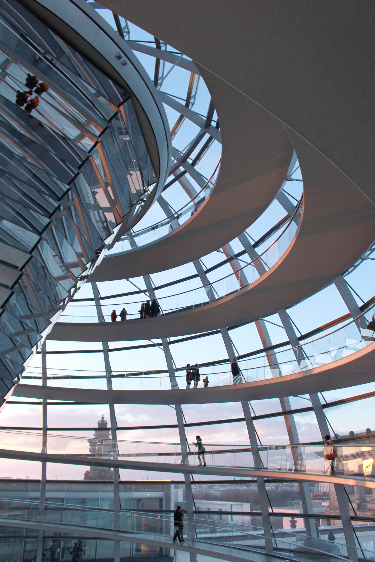 Berlin Modern Architecture Monuments Reichstag Sunset Light Sunstet Travel Destinations Traveling