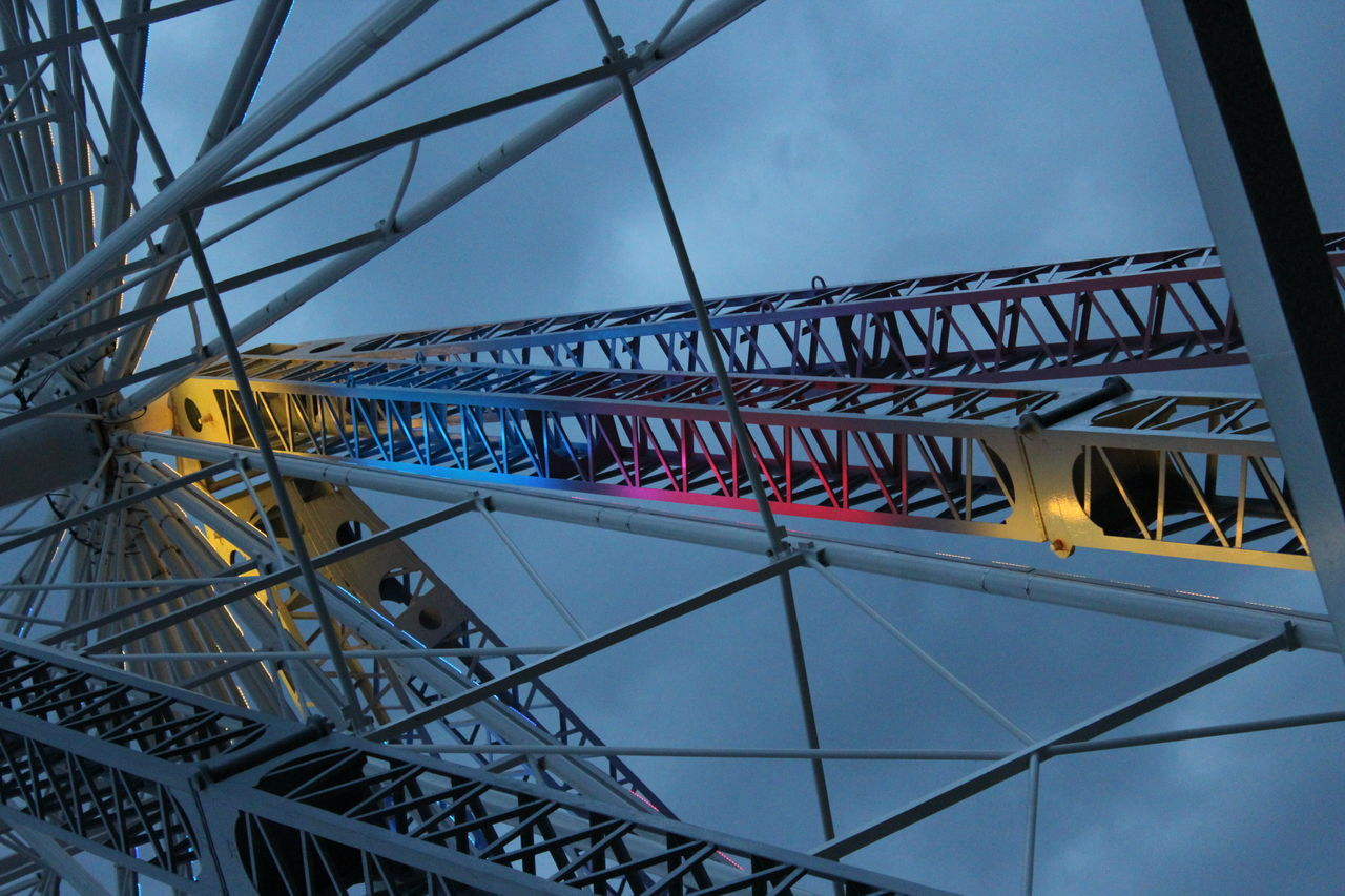 No Filter, No Edit, Just Photography EyeEm Gallery Ferris Wheel Pretty Colors Structures & Lines Light Patterns Lights In The Dark Lines And Angles Elysburg , Pennsylvania Knoebles Family Fun Day  Getting Dark EyeEm Best Shots - Architecture Eyeen Best Shots Blue Pink Orange Reflecting Lights Colored Lights EyeEm Best Shots Juxtaposition Eyeemphotography EyeEmBestPics The EyeEm Collection
